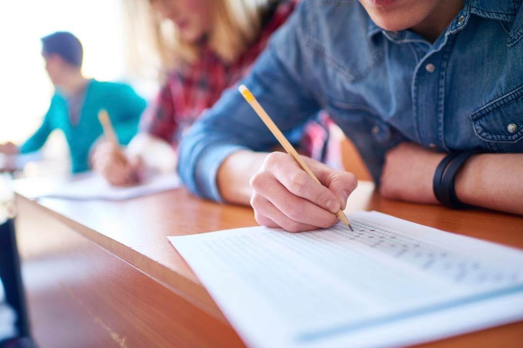 چگونه درس بخوانیم که فراموش نکنیم؟